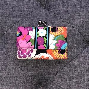 Like new Vera Bradley VaVa Bloom wallet coin purse